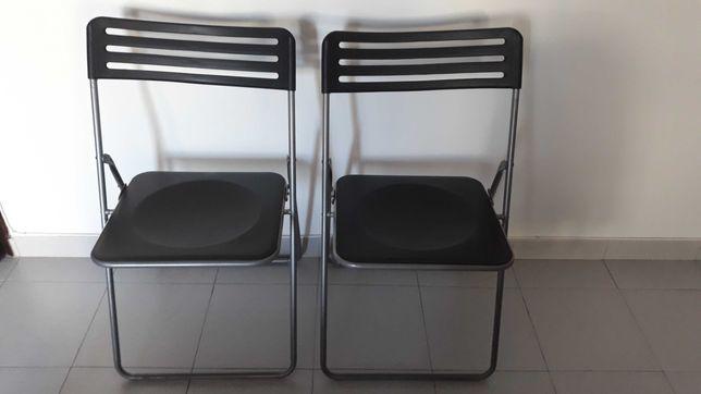 4 cadeiras desdobraveis com apenas 25€