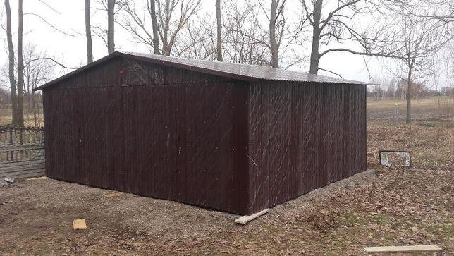 Garaże blaszane na wymiar, konstrukcje stalowe, wzmocnienie profilem