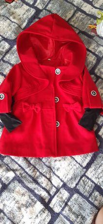 Пальто нове. Для дівчинки