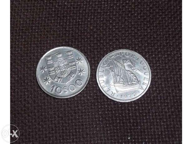 Moedas antigas de 10 Escudos de 1972 e 1973.