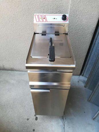Fritadeira eléctrica como nova/sem uso