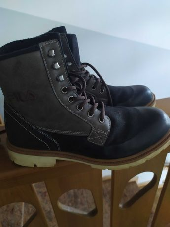 Sprzedam buty męskie zimowe