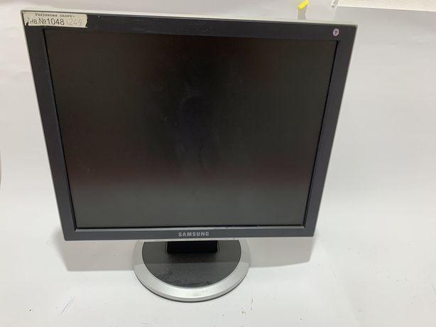 Монитор Samsung 17'' (730 BF)