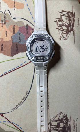 zegarek Timex biały