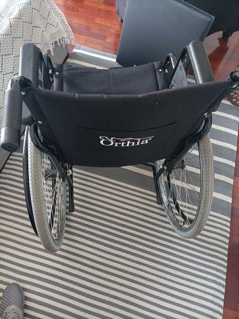Cadeirão+ cadeira rodas+ almofada anti escaras