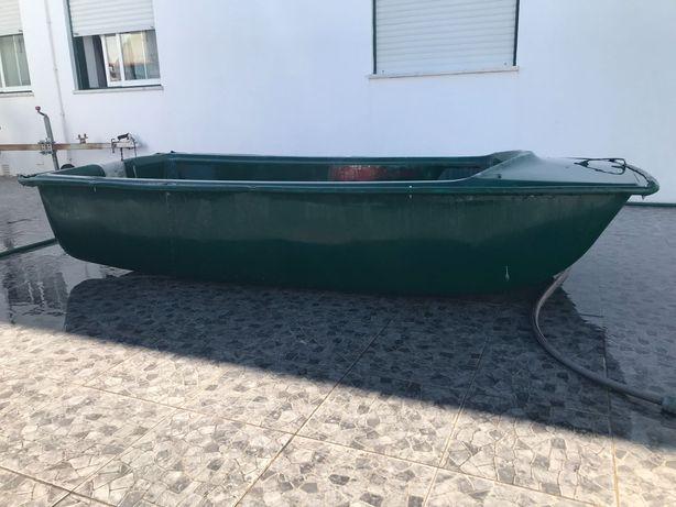 Barco em bom estado