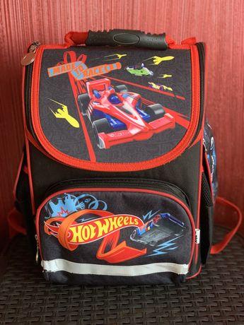 Рюкзак шкільний каркасний Kite HotWheels