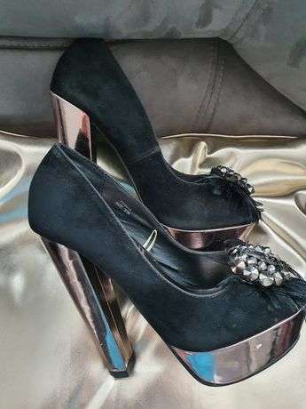 Buty na slupku 36 czarne