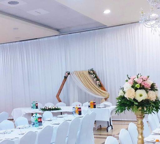 Złota tkanina dzianina , brokat   ścianka ,dekoracja wesele ślub