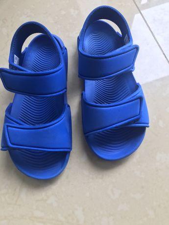 Sandałki Adidas dla chlopca r.30