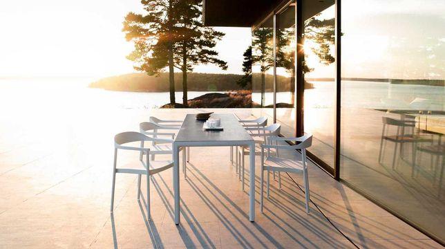 """Conjunto """" TRIBU"""" de mesa + 10 cadeiras de Jardim """"ILium"""""""