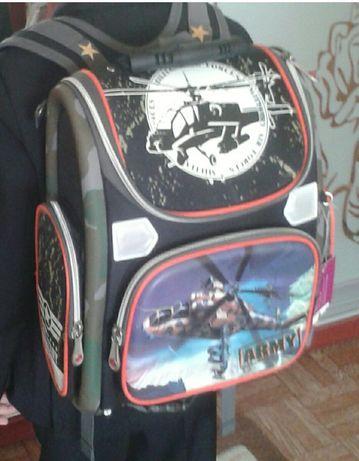 Ранец, портфель, рюкзак для мальчика