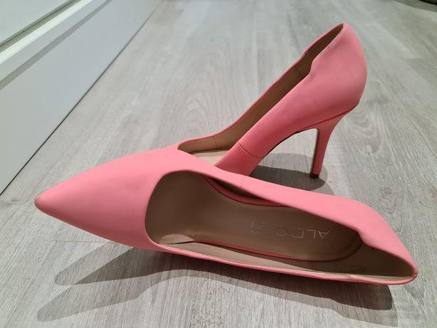 Sapato salto rosa