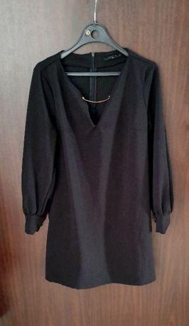 Czarna mini sukienka głęboki dekolt rozmiar S 36