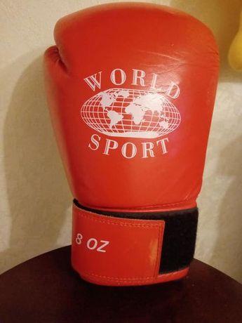 перчатки, лапы для бокса. единоборств