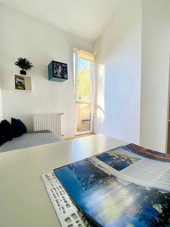 Przytulny pokój dla studentki/a z balkonem w dobrej lokalizacji
