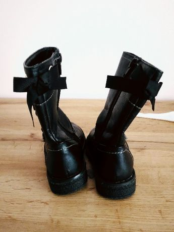Czarne kozaczki kozaki botki zimowe ocieplane 22 kokardy j h&m