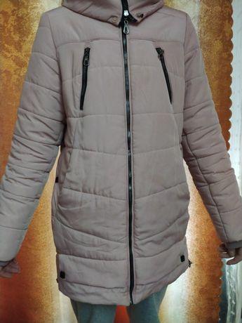 Очень хорошее пальто на зиму- осень