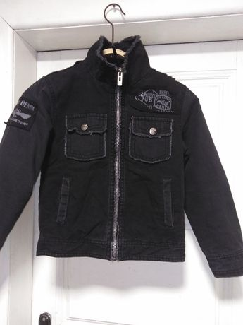 Куртка на 6- 8 лет. 100%ХБ.