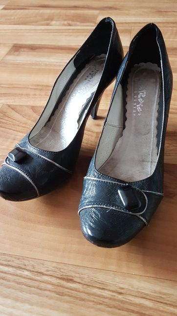 Buty na obcasie szpilki koturna czarne - rozm. 40