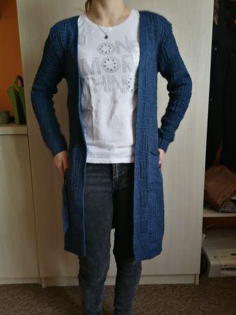 kardigan w jeansowym kolorze