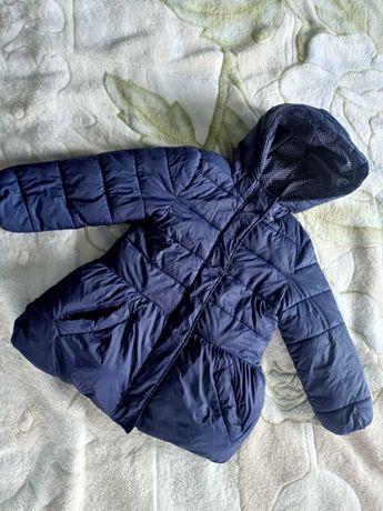 Куртка для девочки 4 года 92 - 104 р