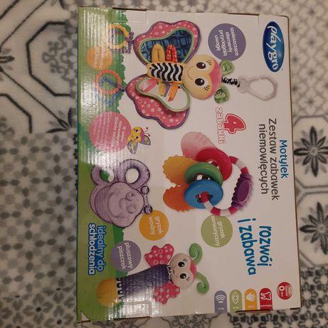 Nowe zabawki dla niemowlaka do wózka, gryzaki, grzechotka.