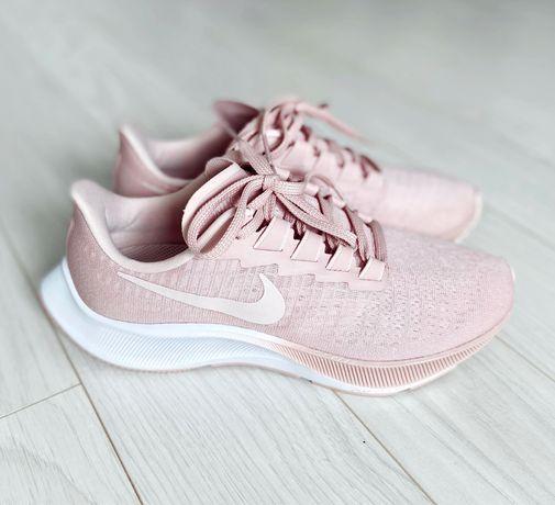 Кроссовки для бега Nike Pegasus 37, размер 38,5