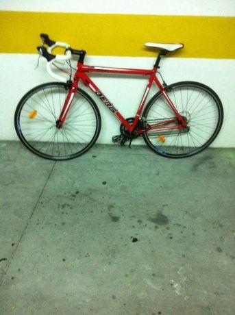 Vendo bicicleta quadro carbono berg sapatos encaixe rolo treino