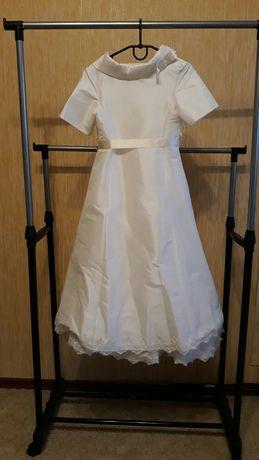 Элегантное платье для выпускного бала в детском саду