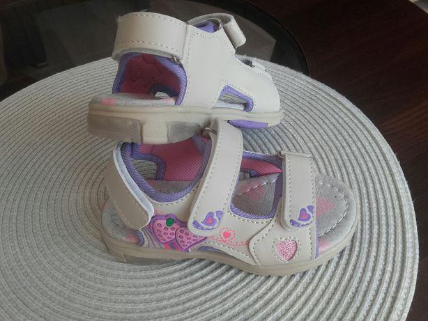 Nowe sandałki BONA rozm.25