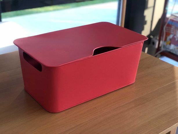 Caixa metálica de arrumação AMPM - Excelente peça de decoração!