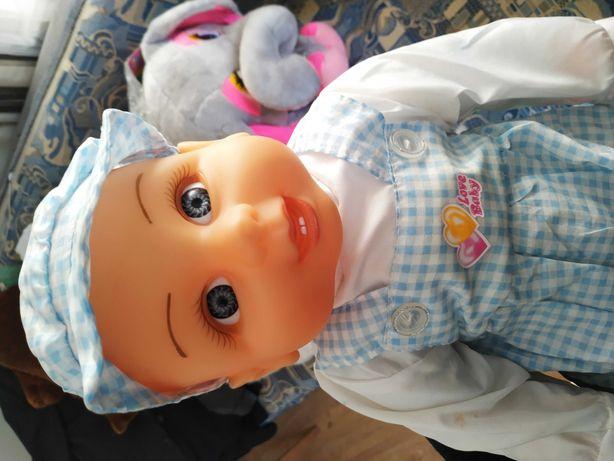 Продам куклу,состояние хорошее,рост 52 см.