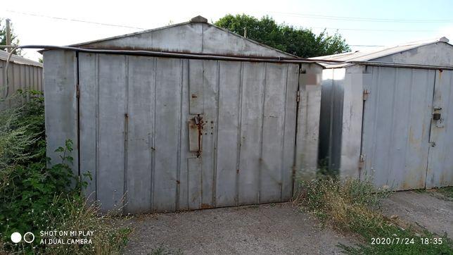 Обміняю металевий гараж в кооперативі Молодіжний