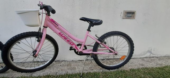 Vendo bicicleta de menina roda 20