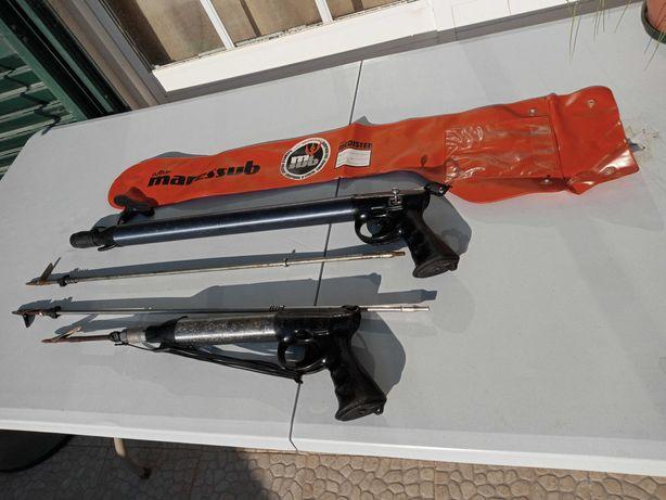 Armas de Caça-Submarina de Pressão e Regulador Antigos