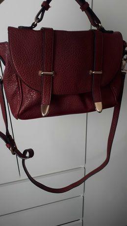 Bordowa torebka na ramię