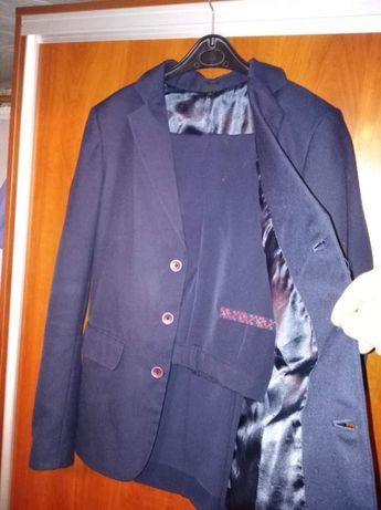 Продам костюм на рост 165-170см