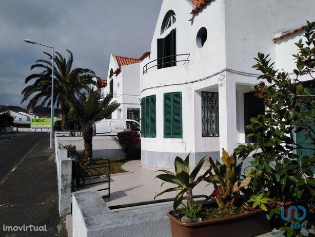 Moradia - 179 m² - T3