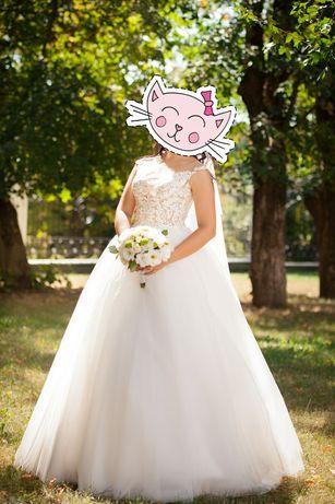 Розкішна Весільна сукня