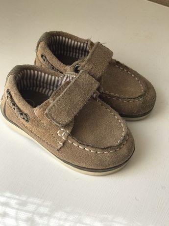 Туфли кеды пинетки тапочки
