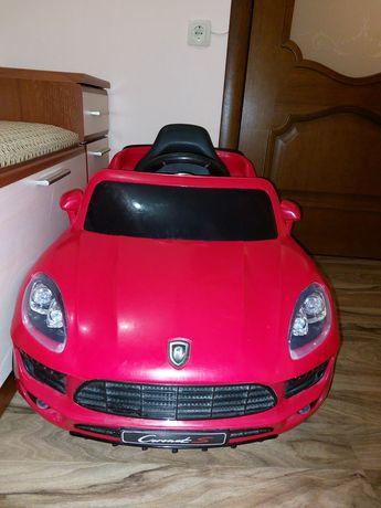Продам детский электромобиль Coronet S