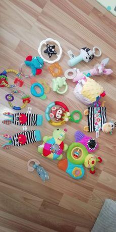 Zabawki dla maluszka grzechotki Gryzaki zestaw grające