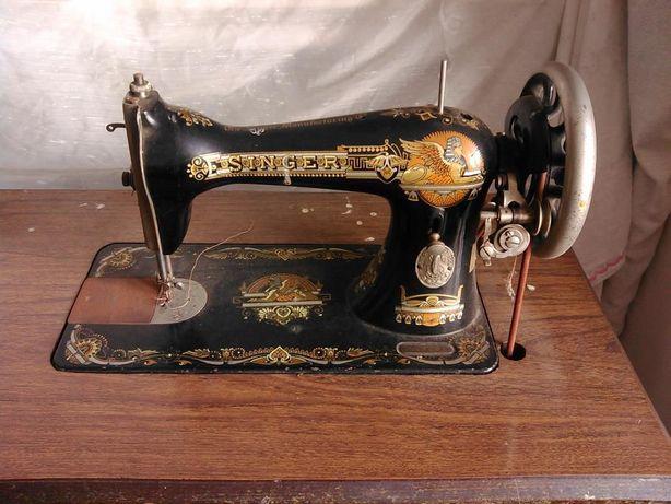 "Máquina de costura antiga ""Singer"""
