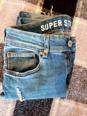 Продам джинси 26р