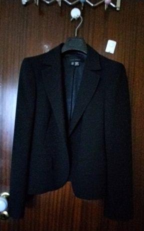 Vendo casaco da Zara com renda nas mangas
