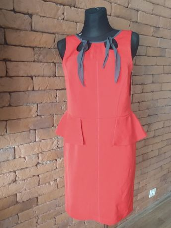 Nowa z metką sukienka z baskinką w rozmiarze L,