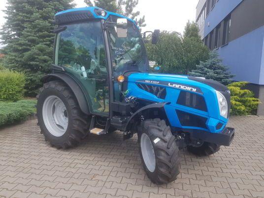 Ciągnik rolniczy ogrodniczy traktor Landini wynajem sprzedaż Mistral