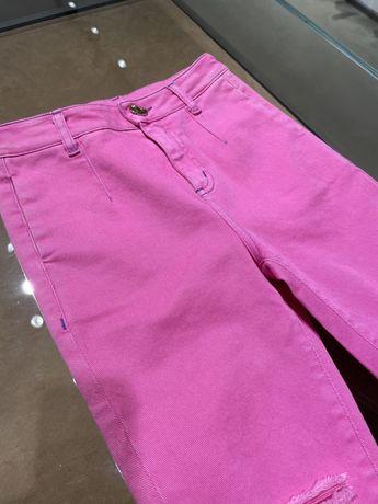 Розовые детские джинсы бойфренды