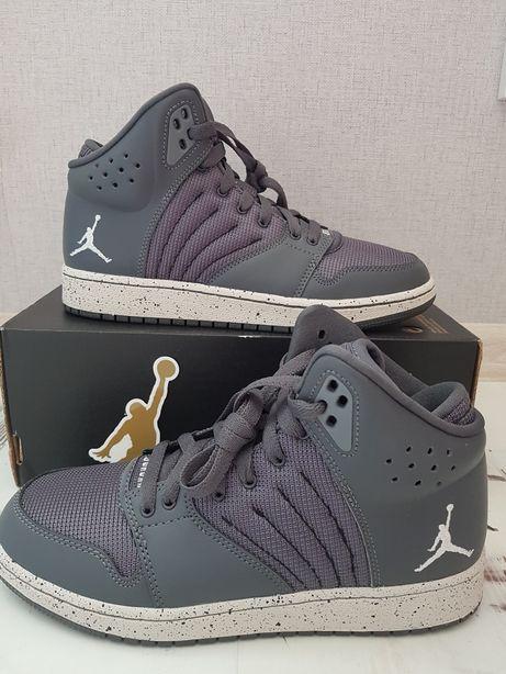 Кроссовки Nike Jordan p38 и 36.5 ОРИГИНАЛ sale!!!